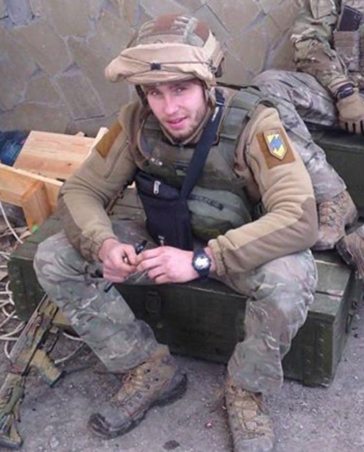 Чергова втрата: боєць АЗОВу «Упрямий» загинув після кількох днів боротьби за життя в лікарні