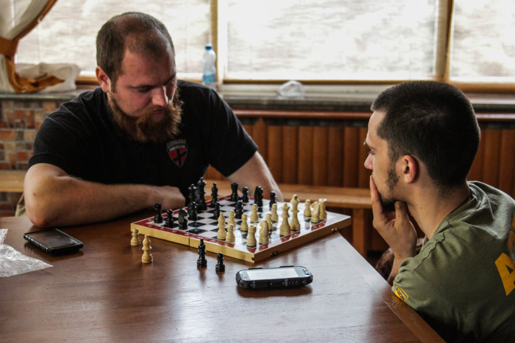 шашки шахматы