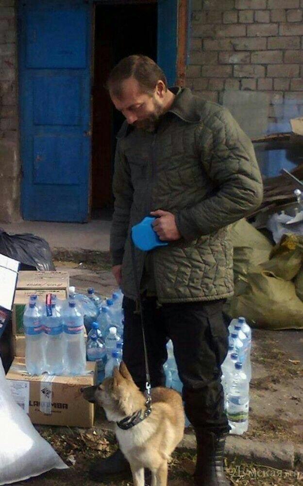 Азов Акеда с собакой Лис