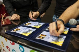 Зображення екс-бійців полку АЗОВ прикрасили поштові марки