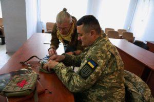 Делегація на чолі з Оксаною Корчинською відвідала базу полку АЗОВ