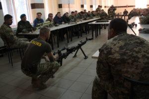 Азовці провели екскурсію для студентів військової кафедри